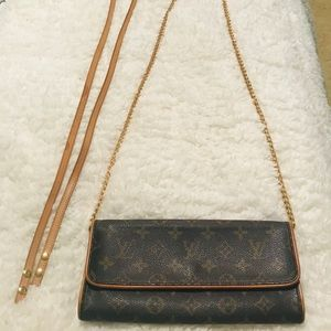 Authentic Louis Vuitton Monogram Pochette Twin GM